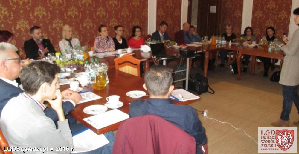 LGD Sąsiedzi - Listopadowe szkolenia z pisania wniosków o dotacje za nami!
